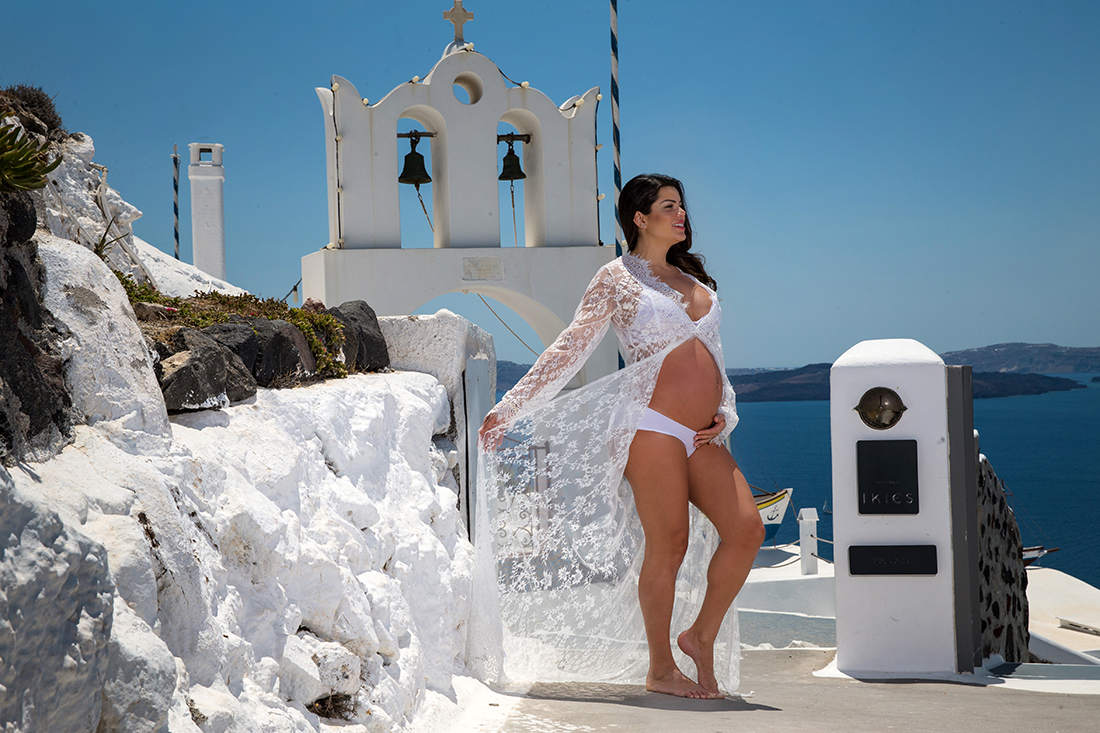 santorini maternity photography